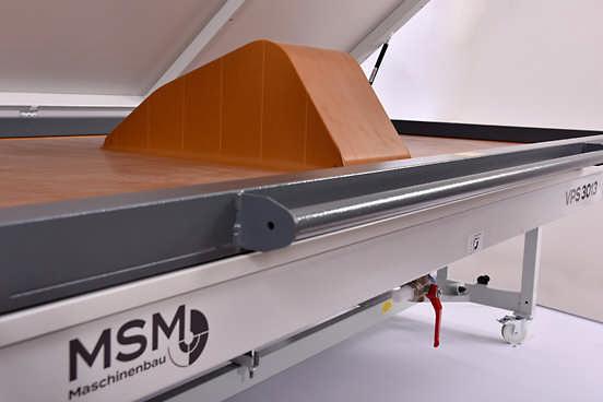 MSM Vakuumpresse Formverleimung